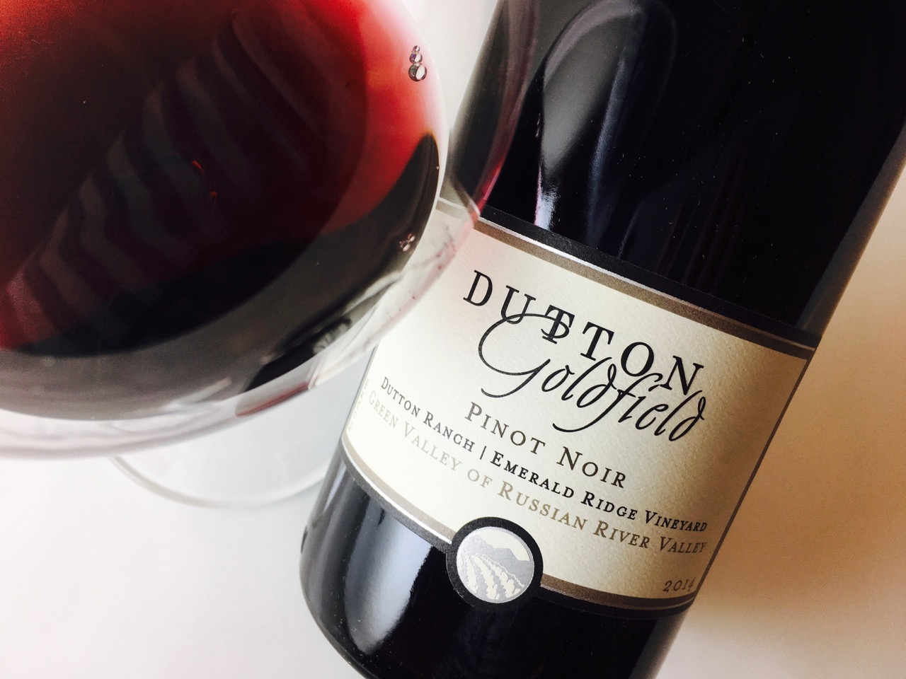 2014 Dutton-Goldfield Pinot Noir Emerald Ridge Vineyard Green Valley of Russian River Valley