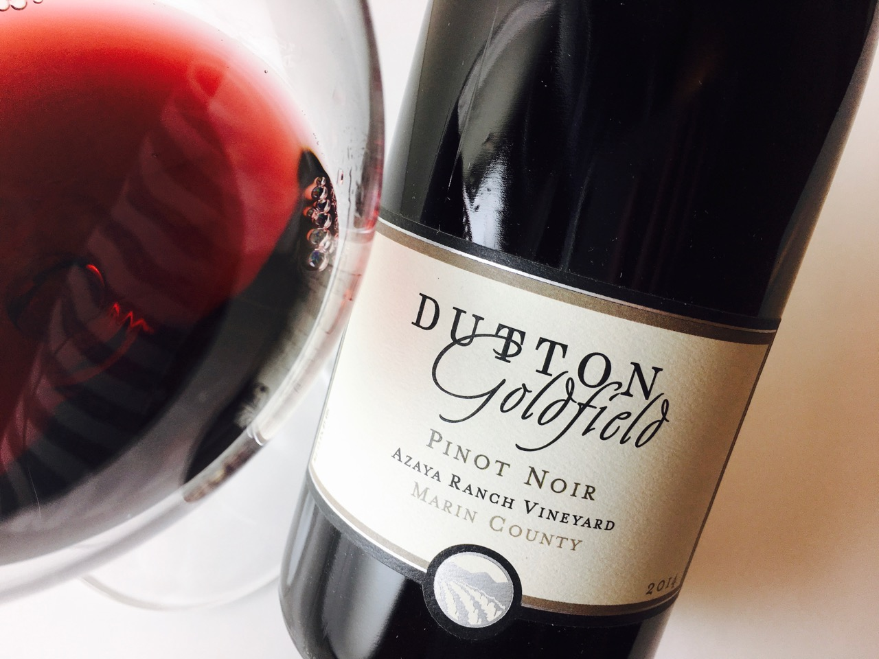 2014 Dutton-Goldfield Pinot Noir Azaya Ranch Marin County