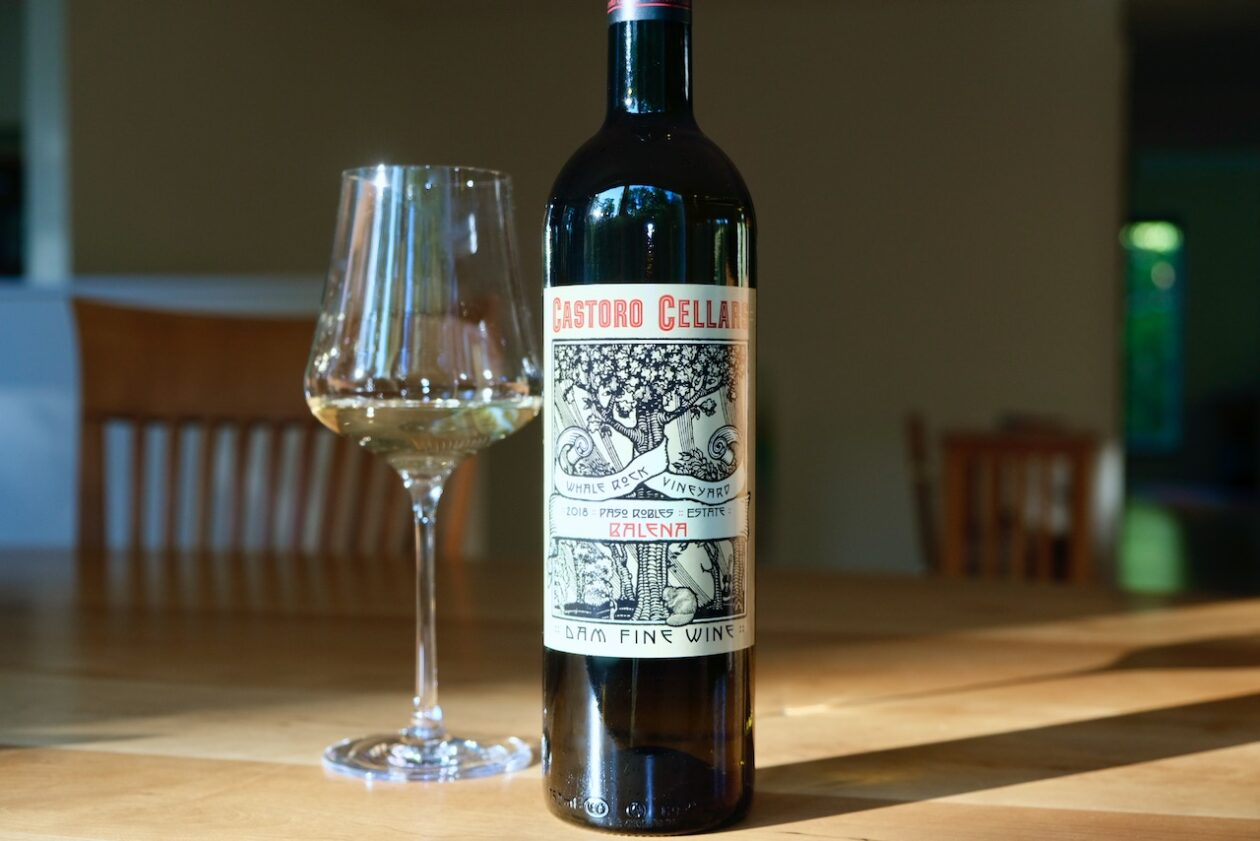2018 Castoro Cellars Oakenshield Balena White Blend Paso Robles