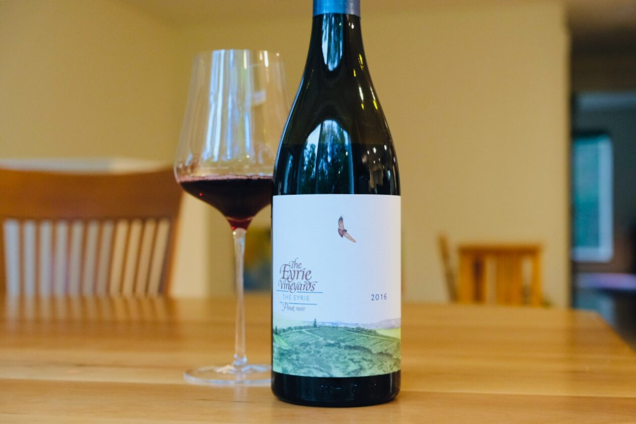 2016 Eyrie Vineyards Pinot Noir The Eyrie Dundee Hills